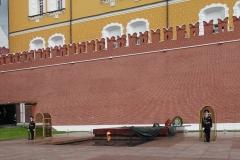 Grabmal des unbekannten Soldaten am Kreml (zur vollen Stunden lustiger Wachwechsel).