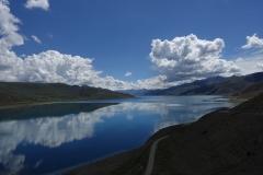 Und schon der nächste Blick über den Yamdrok See.