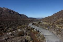 tongariro-alpine-crossing-02
