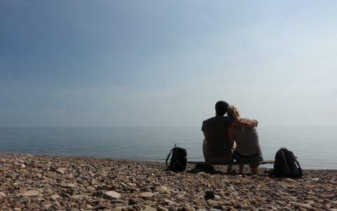 Mediation kurz vor dem Bad im kalten Baikalsee.