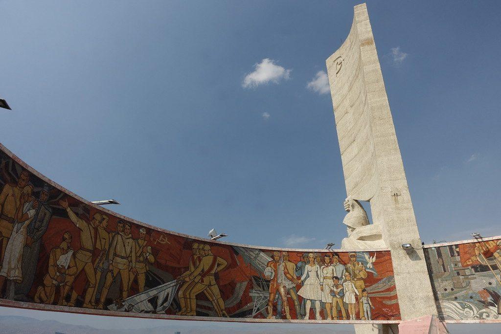 Dsaisan Gedenkstätte für die Gefallenen, erreicht man nach läppischen 624 Stufen.