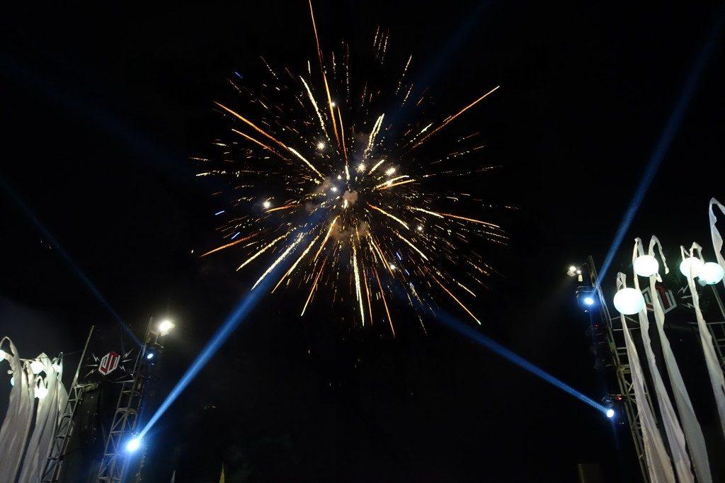 Gebührend wir der Abschluss des Lovina Festival mit einem Feuerwerk gefeiert.