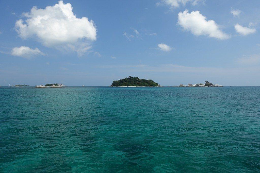 Kristallklares Wasser bei Belitung