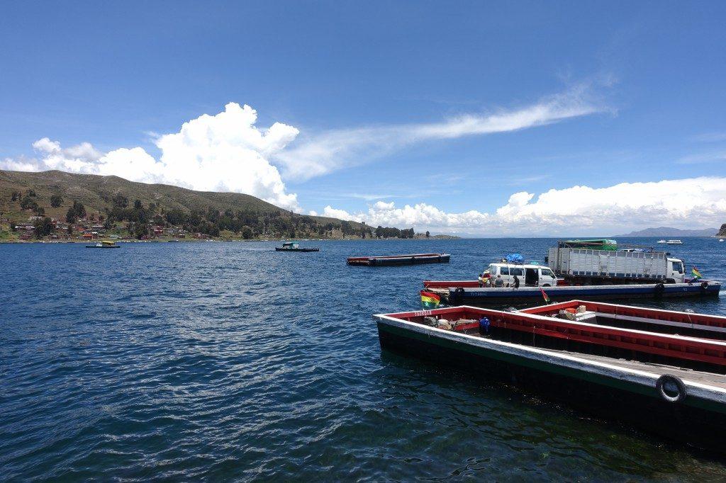 Der Bus fährt übern See, übern See, der Bus fährt übern See
