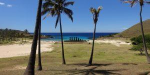 Anakena Bucht mit den Ahu Nau Nau Moai.