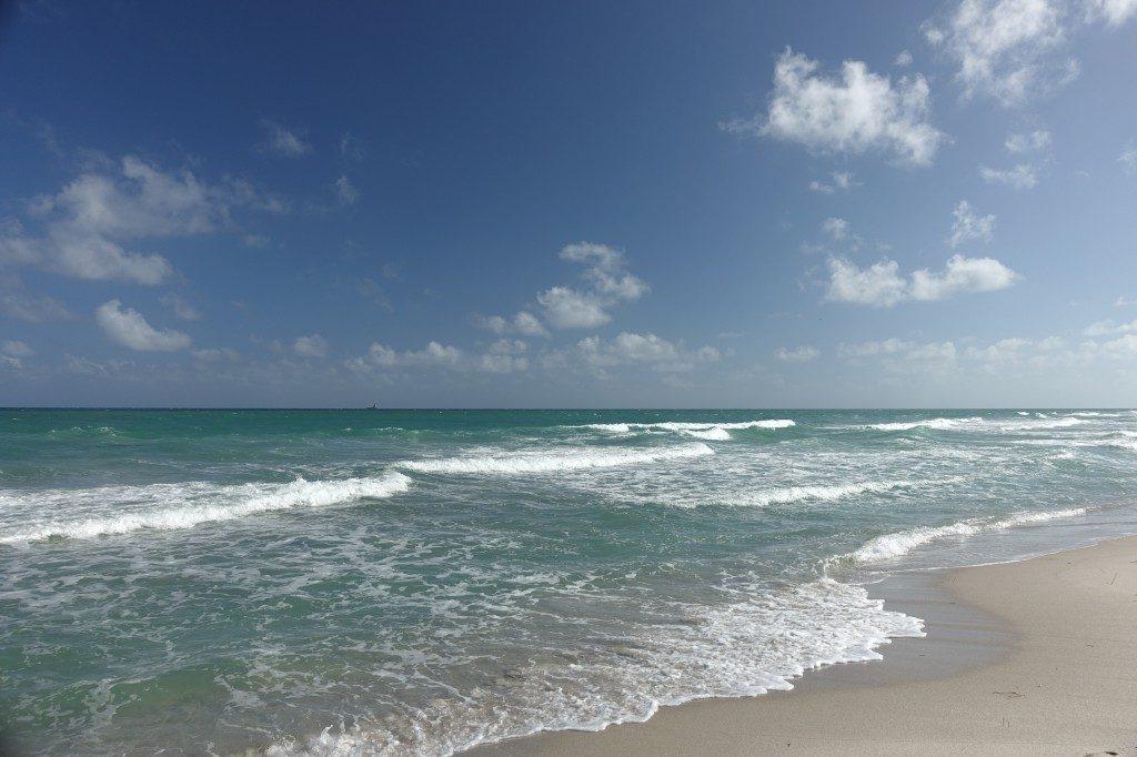 Kilometerlanger Strand zum stundenlangen Spaziergehen...